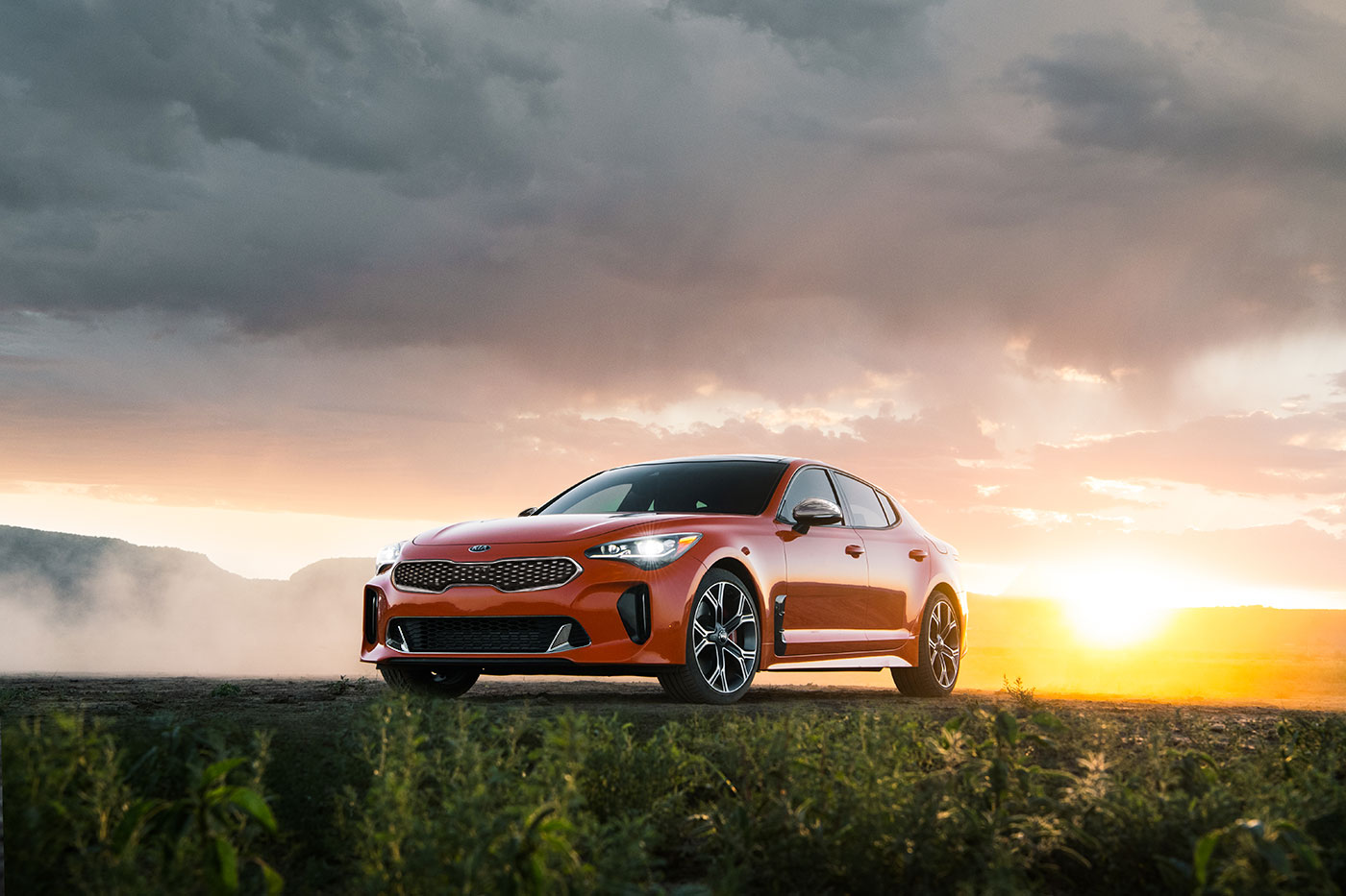 2021 kia stinger gt neon orange pasmag 02